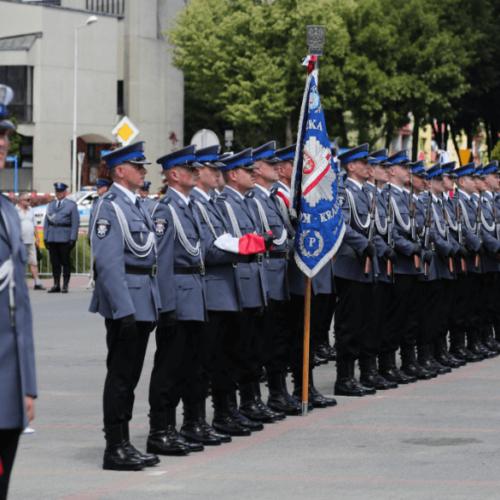 DODATKOWI POLICJANCI ZASILILI SZEREGI SOPOCKIEJ JEDNOSTKI